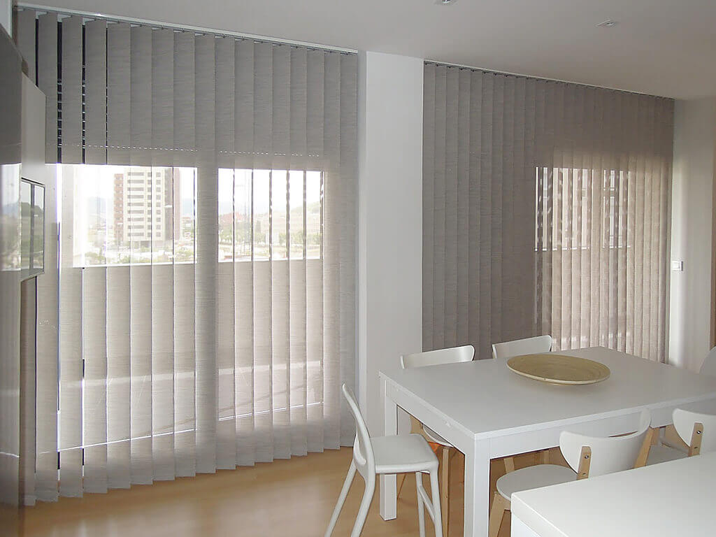 Cortina lama verticales screen for Tipos de cortinas y estores